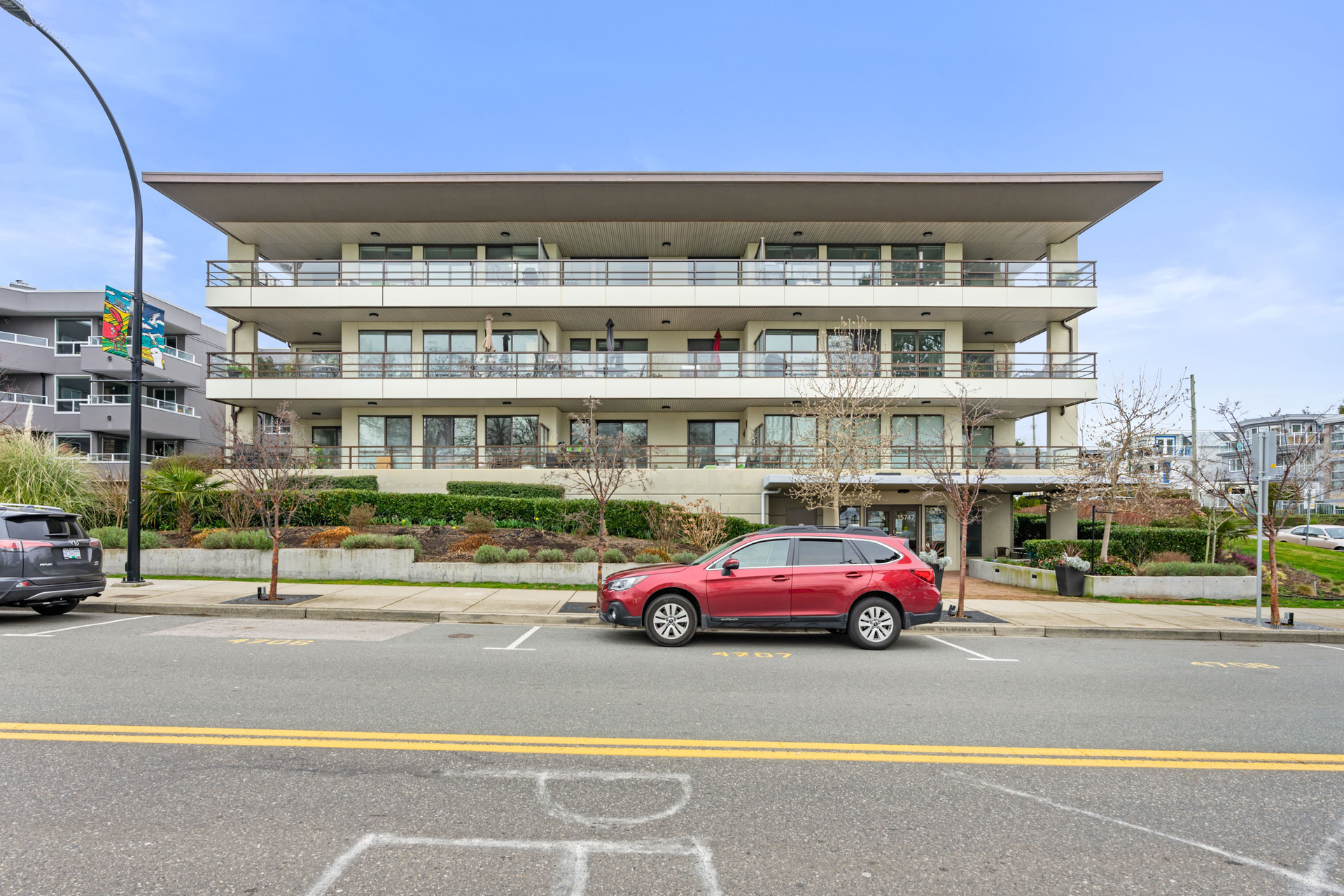 54133_2 at 204 - 15747 Marine Drive, White Rock, South Surrey White Rock