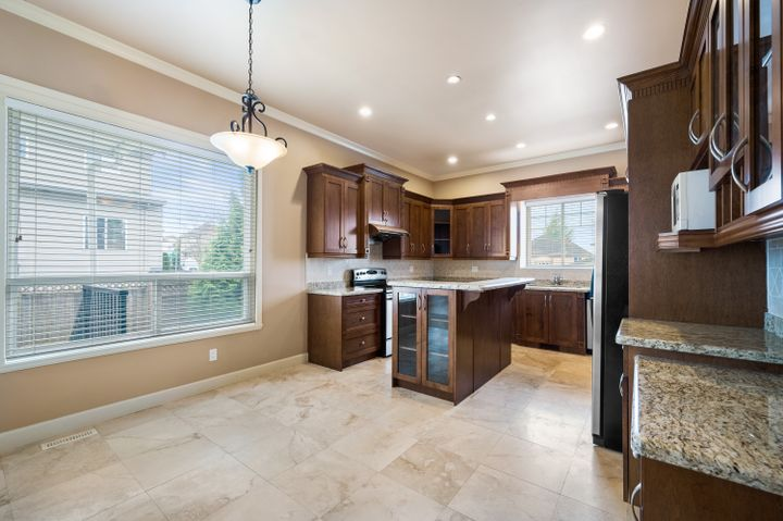55249_10 at 18350 67 Avenue, Cloverdale BC, Cloverdale