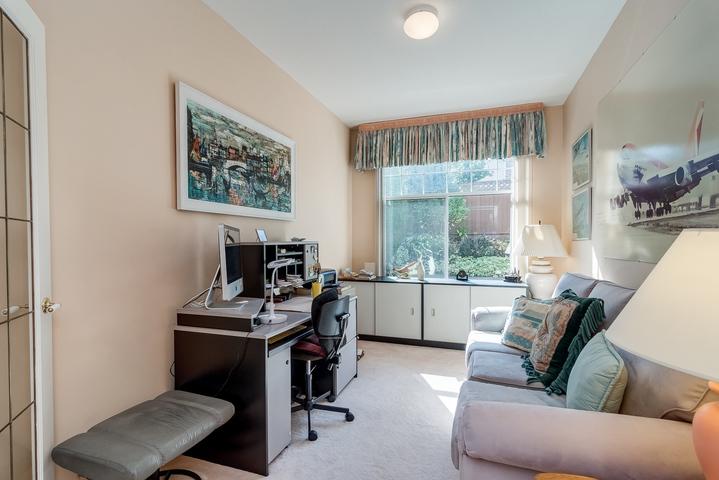 Den at 26 - 2533 152 Street, Sunnyside Park Surrey, South Surrey White Rock