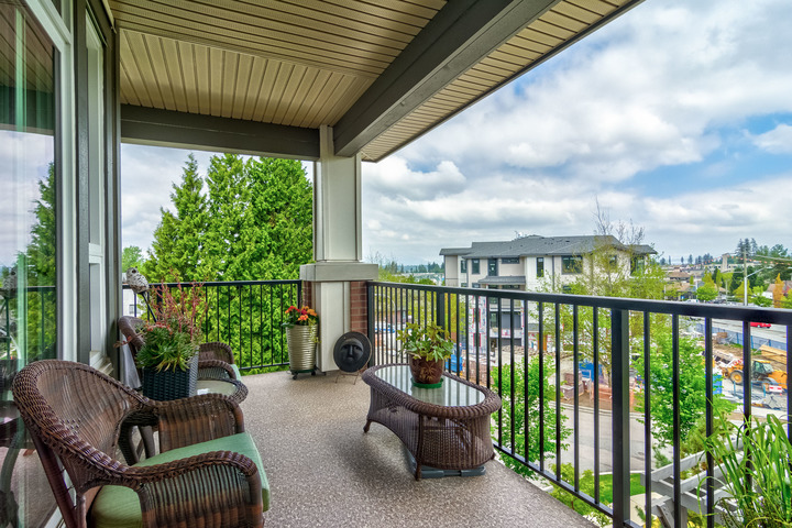 32870_19 at 311 - 15188 29a Avenue, King George Corridor, South Surrey White Rock
