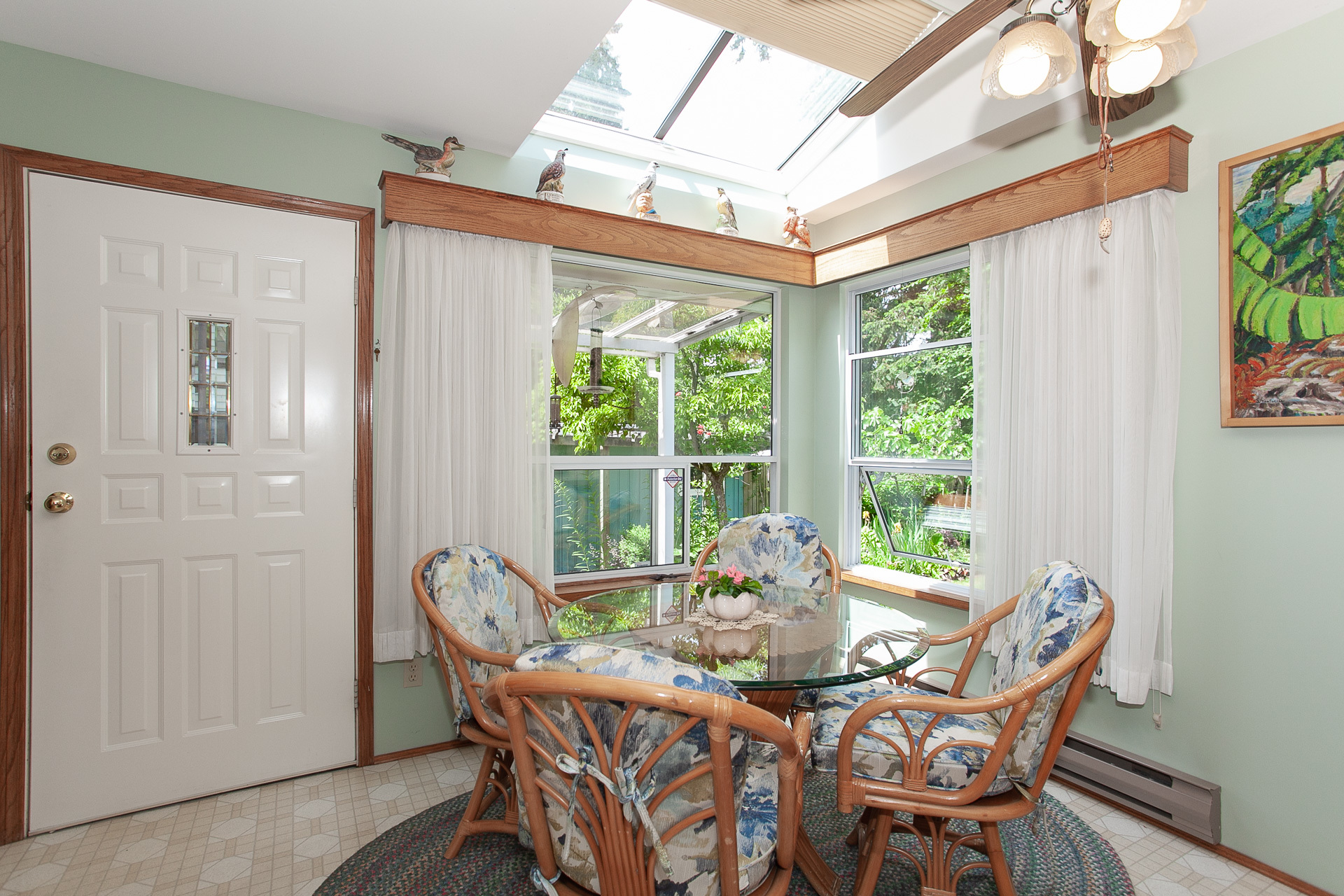 Breakfast Nook at 13081 15 Avenue, Crescent Bch Ocean Pk., South Surrey White Rock