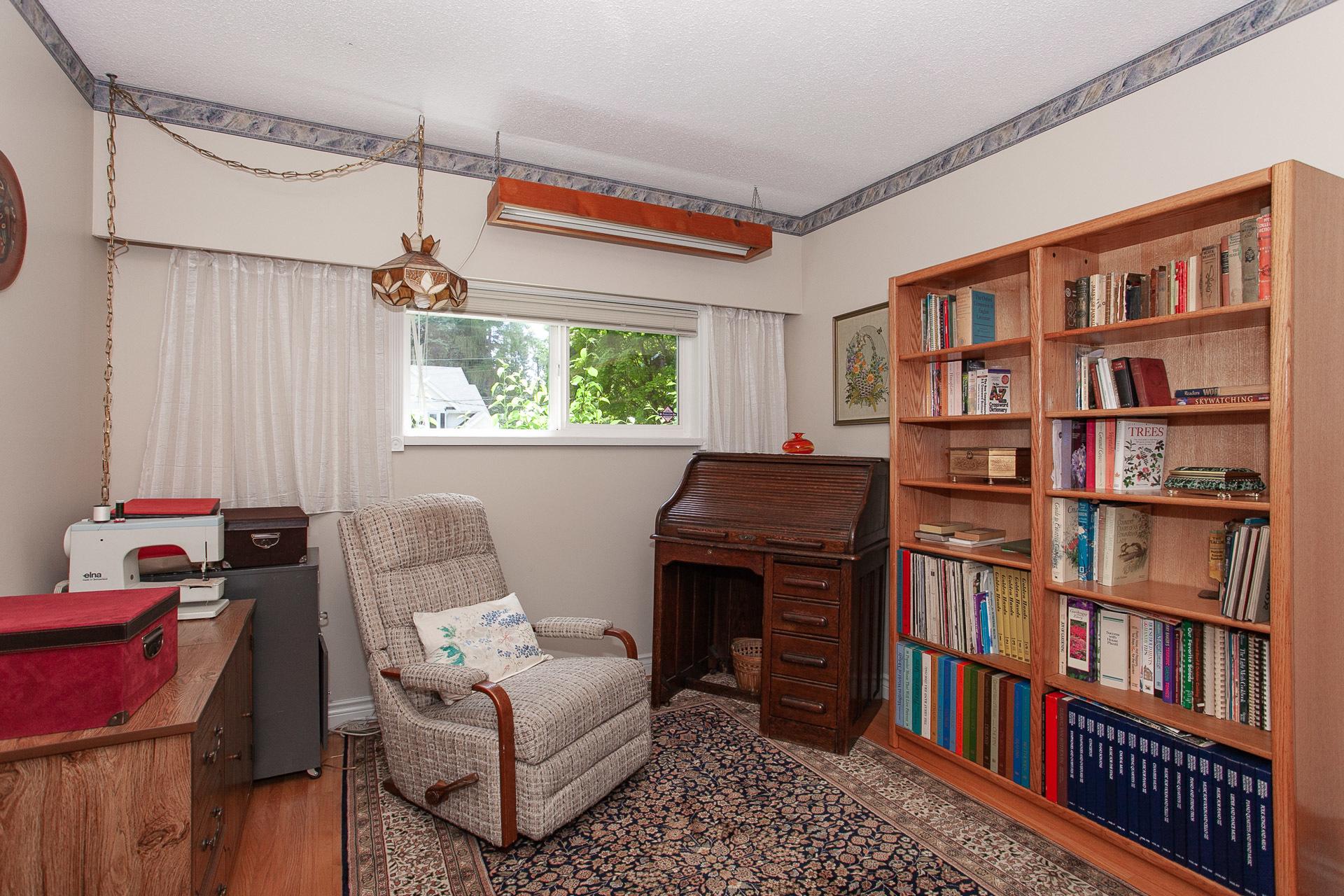33477_30 at 13081 15 Avenue, Crescent Bch Ocean Pk., South Surrey White Rock