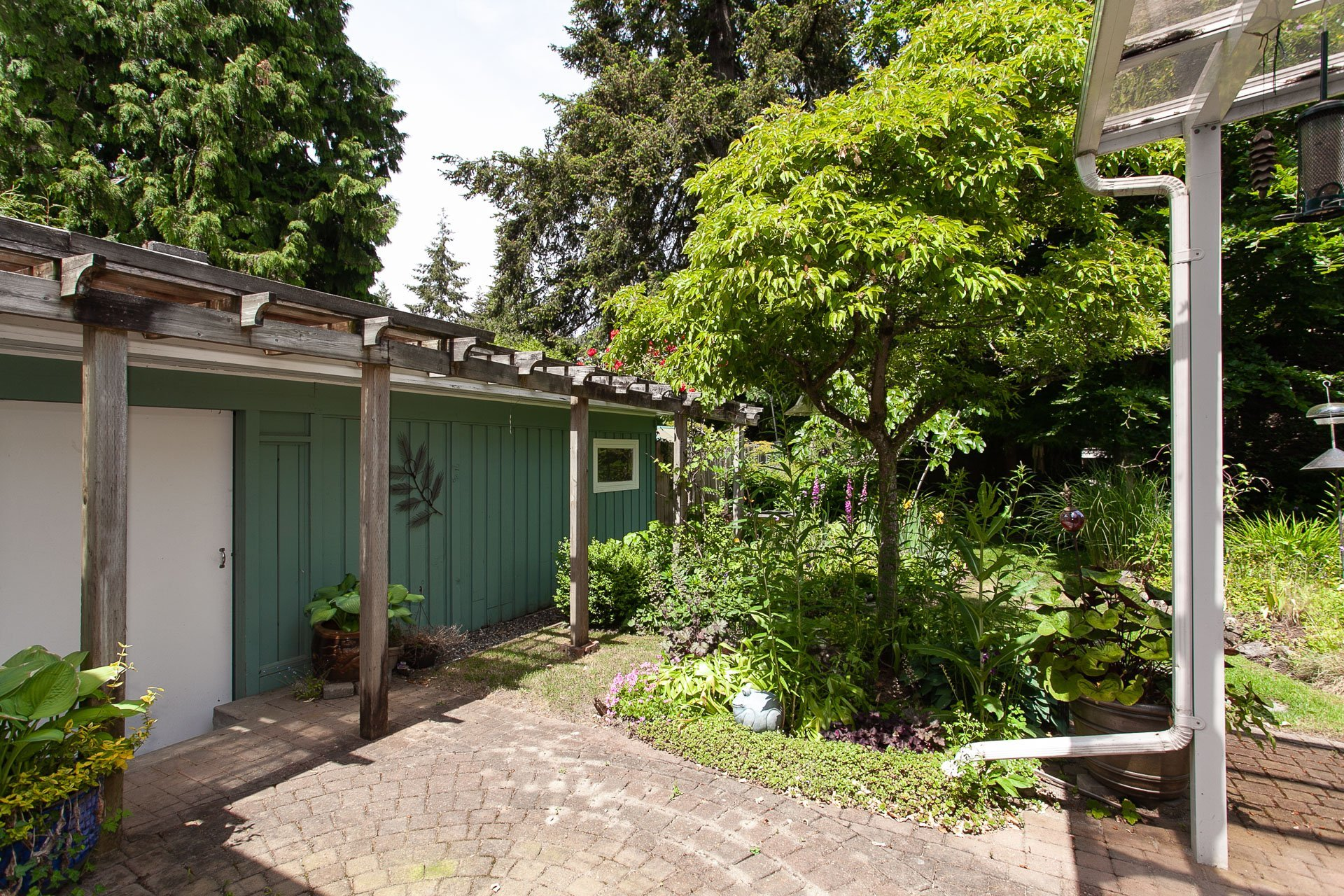 Patio at 13081 15 Avenue, Crescent Bch Ocean Pk., South Surrey White Rock