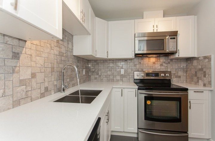 1 at 102 - 715 Royal Avenue, Uptown NW, New Westminster