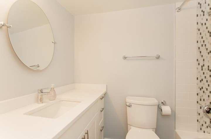 2 at 102 - 715 Royal Avenue, Uptown NW, New Westminster