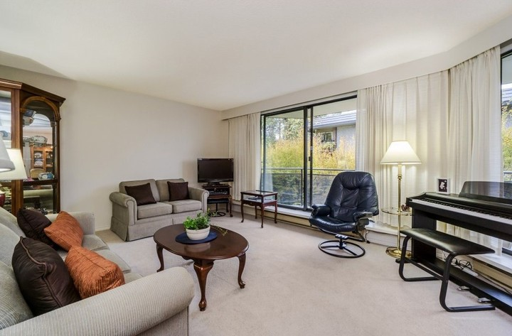 262244789-3 at 301 - 444 Lonsdale Avenue, North Vancouver
