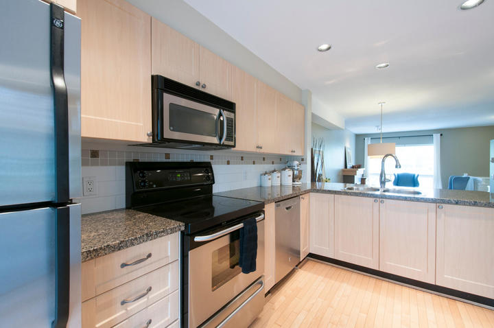 1815168-36th-ave-large-009-19-kitchen-1500x997-72dpi at 18 - 15168 36 Avenue, Morgan Creek, South Surrey White Rock