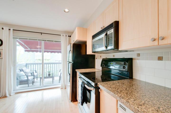 1815168-36th-ave-large-010-14-kitchen-1500x997-72dpi at 18 - 15168 36 Avenue, Morgan Creek, South Surrey White Rock