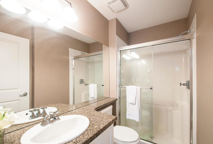 1815168-36th-ave-large-015-15-master-ensuite-1478x1000-72dpi at 18 - 15168 36 Avenue, Morgan Creek, South Surrey White Rock