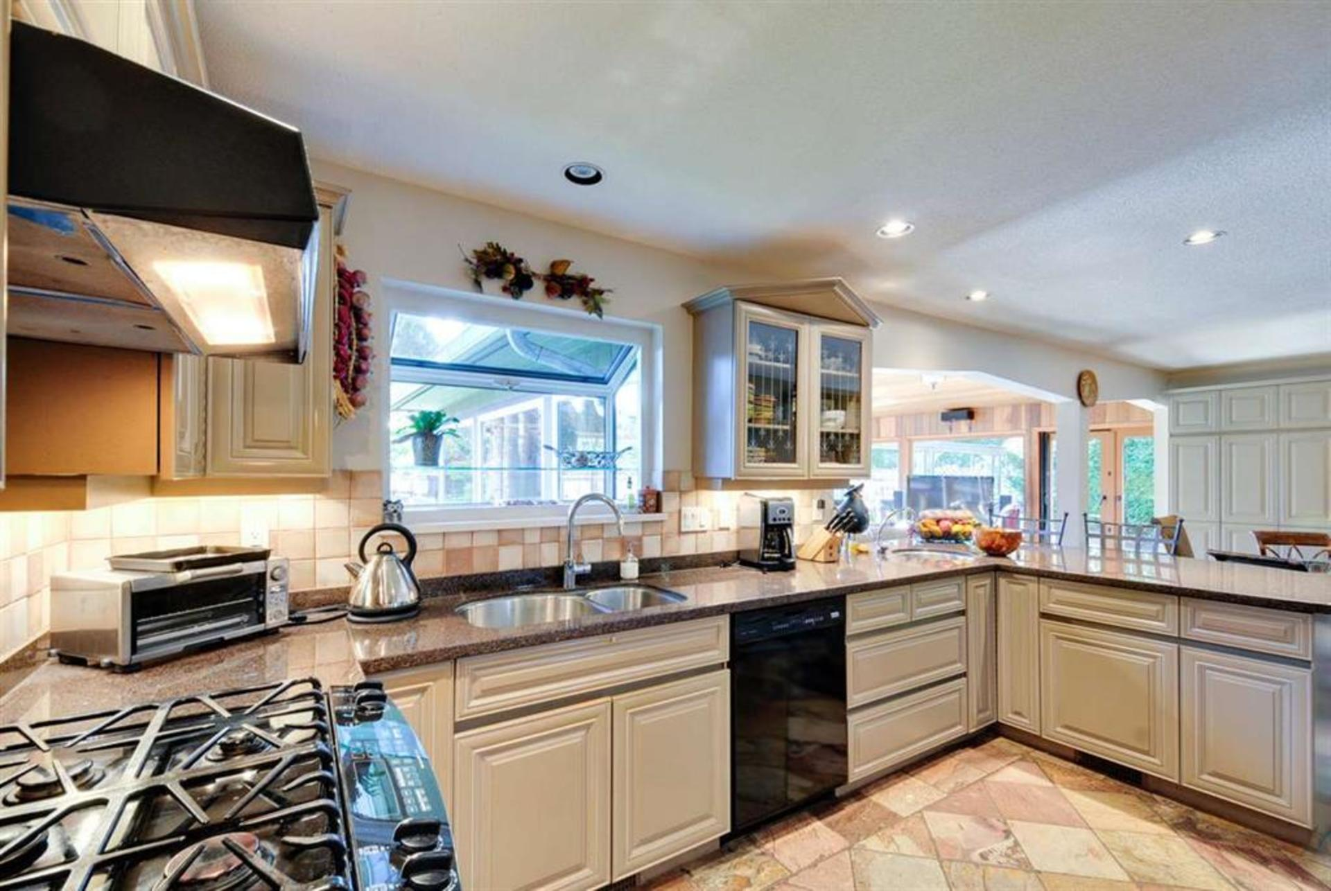 1 at 5134 N Whitworth Crescent, Ladner Elementary, Ladner