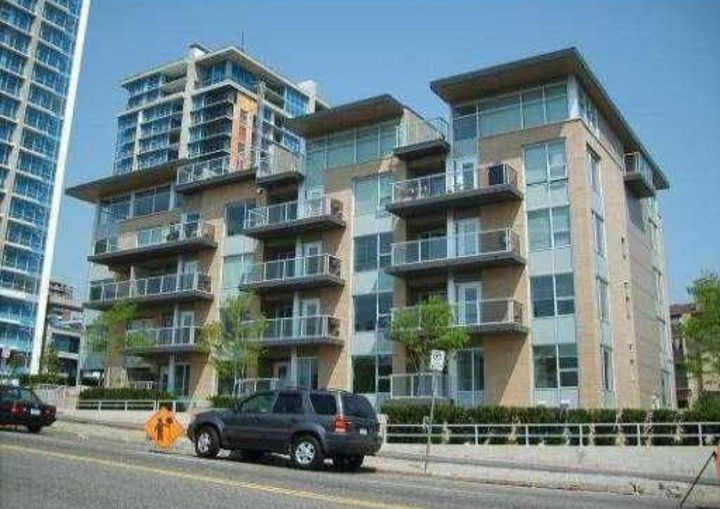 1 at 109 - 1288 Chesterfield Avenue, Central Lonsdale, North Vancouver