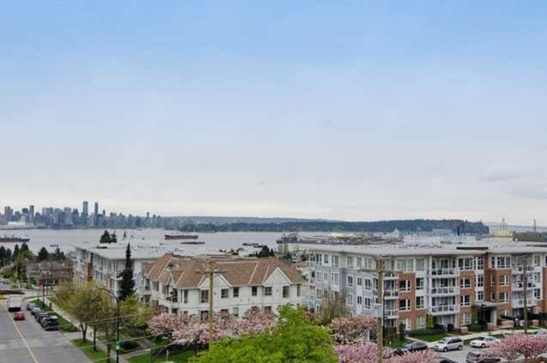 1-1 at PH 1 - 1288 Chesterfield Avenue, Central Lonsdale, North Vancouver