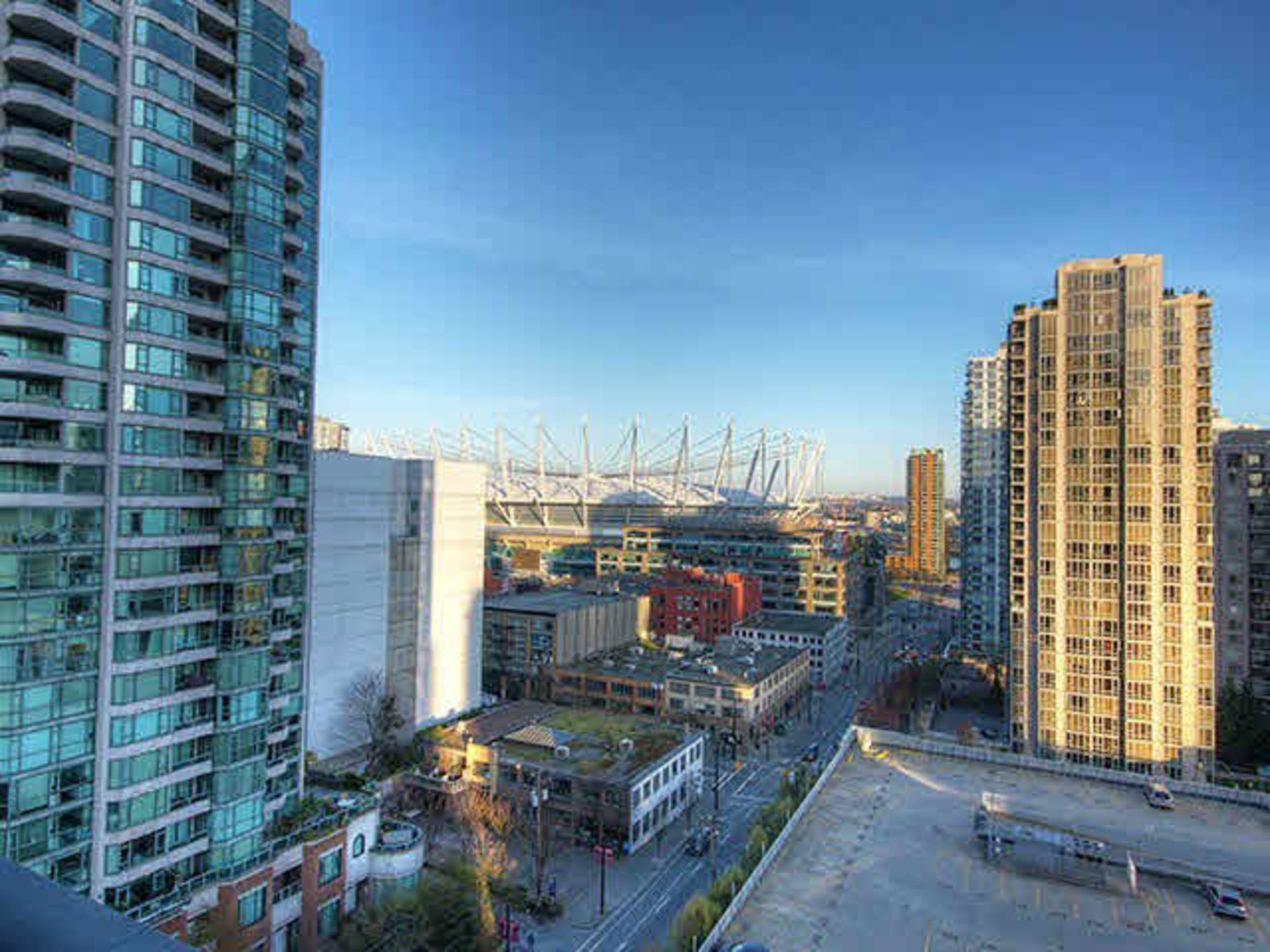 1 at 2203 - 909 Mainland Street, Yaletown, Vancouver West