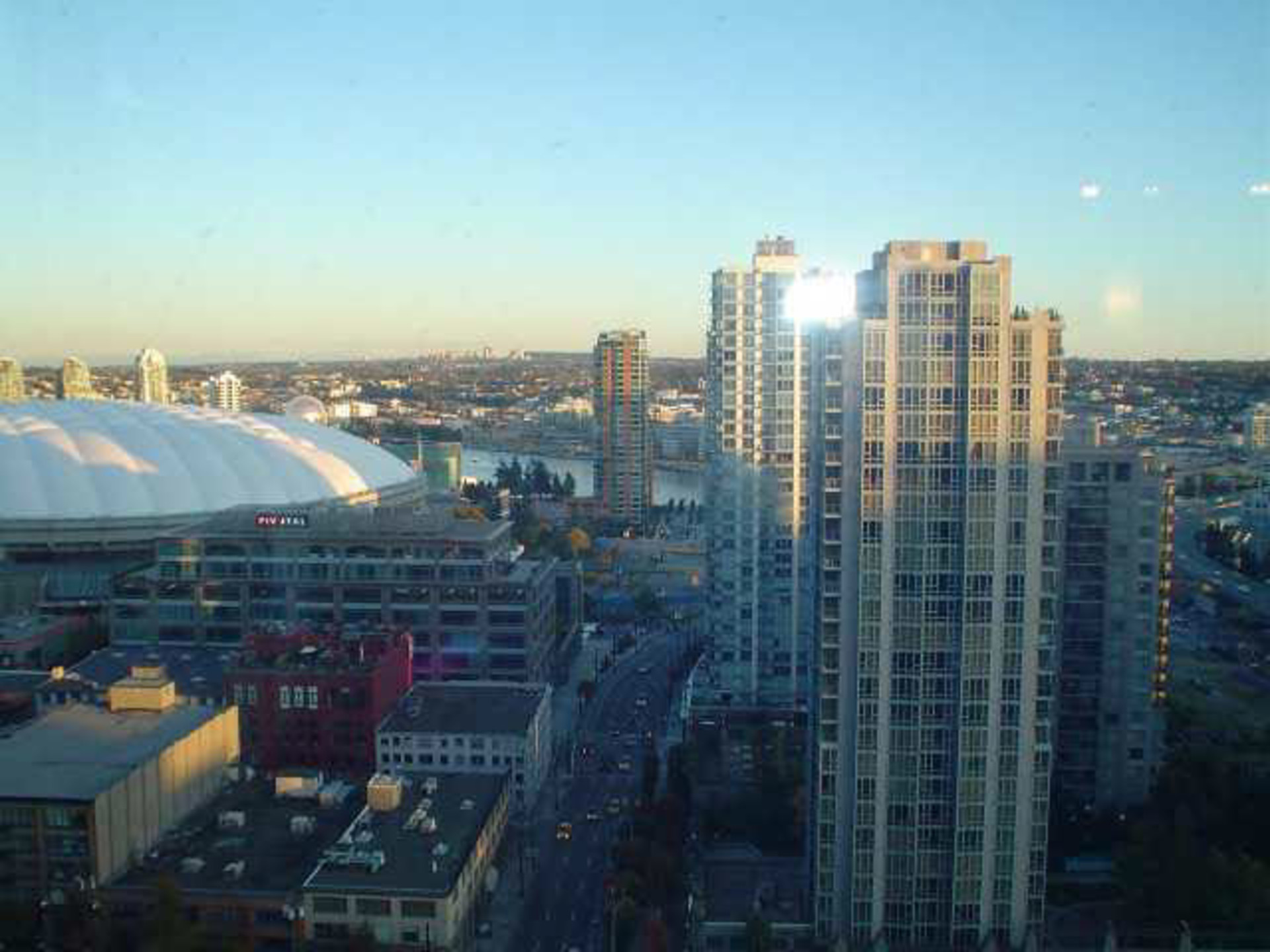 3 at 2203 - 909 Mainland Street, Yaletown, Vancouver West
