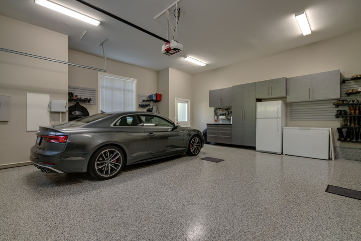 Garage Interior at 13342 25 Avenue, Elgin Chantrell, South Surrey White Rock