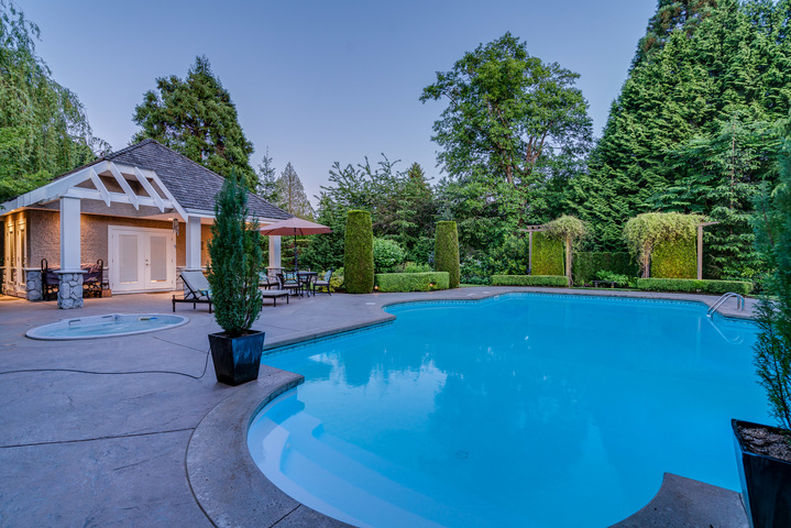 Outdoor Pool & Cabana at 13342 25 Avenue, Elgin Chantrell, South Surrey White Rock
