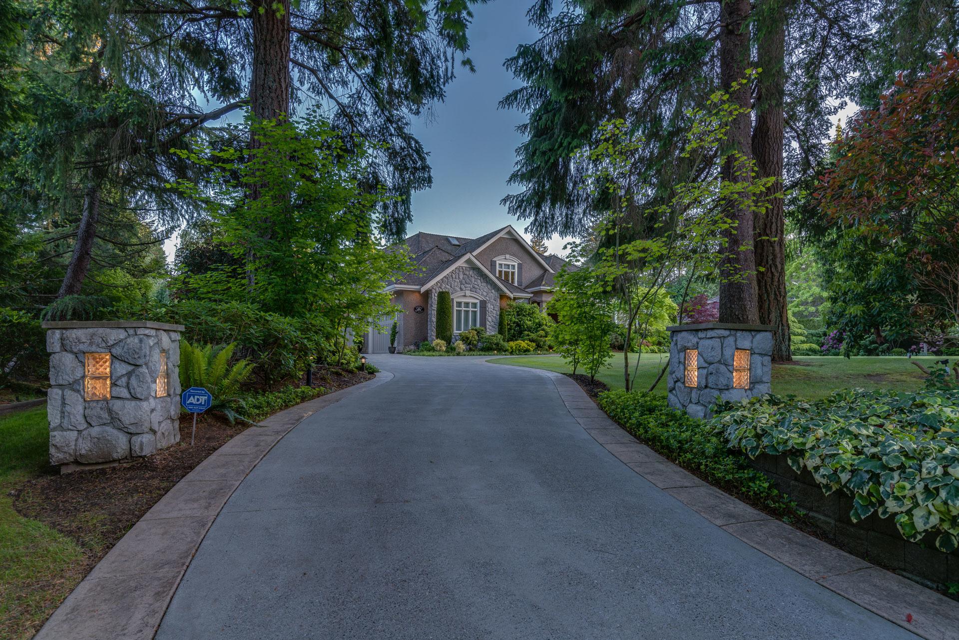 Driveway Entrance at 13342 25 Avenue, Elgin Chantrell, South Surrey White Rock