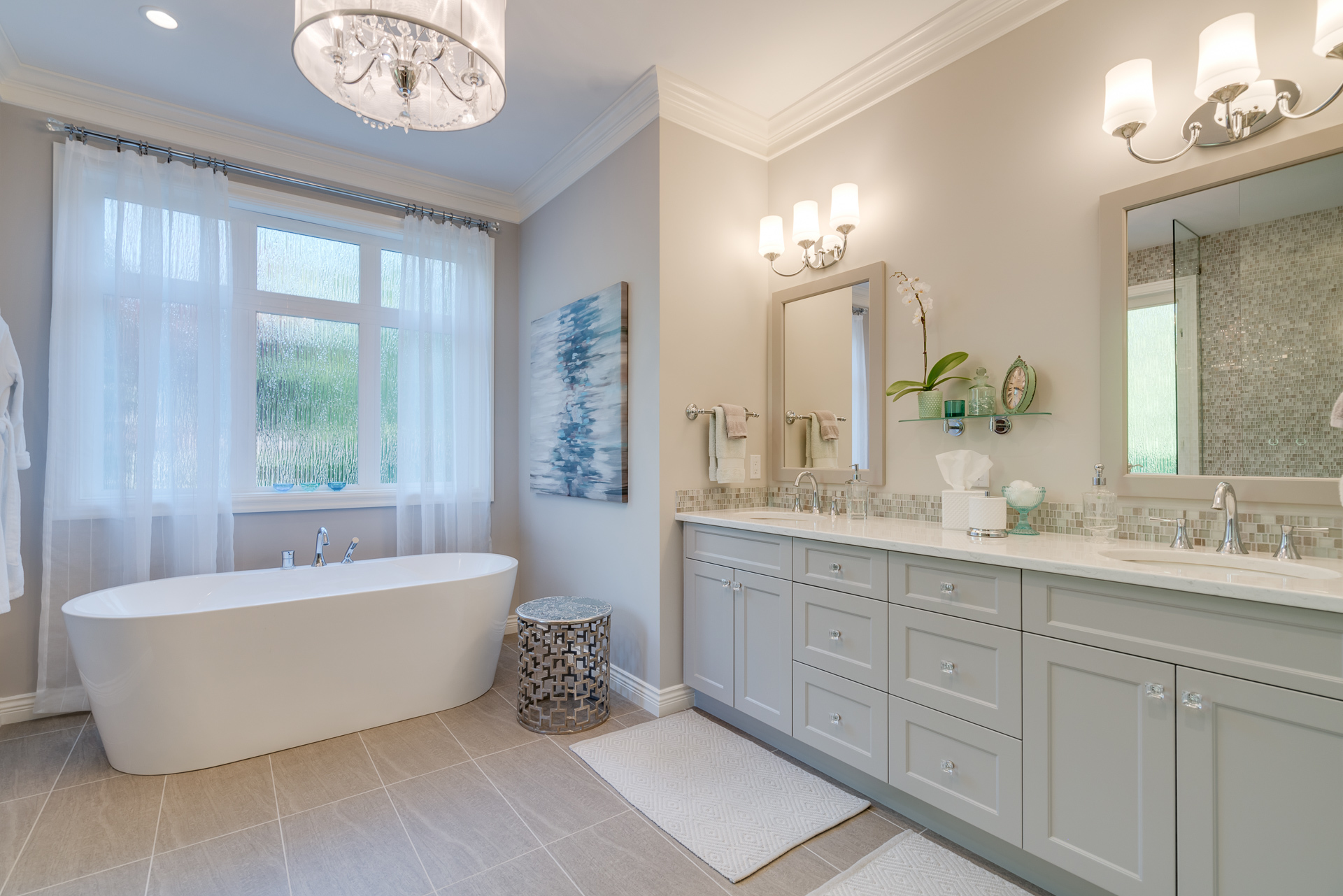 Master Bedroom Ensuite at 13342 25 Avenue, Elgin Chantrell, South Surrey White Rock