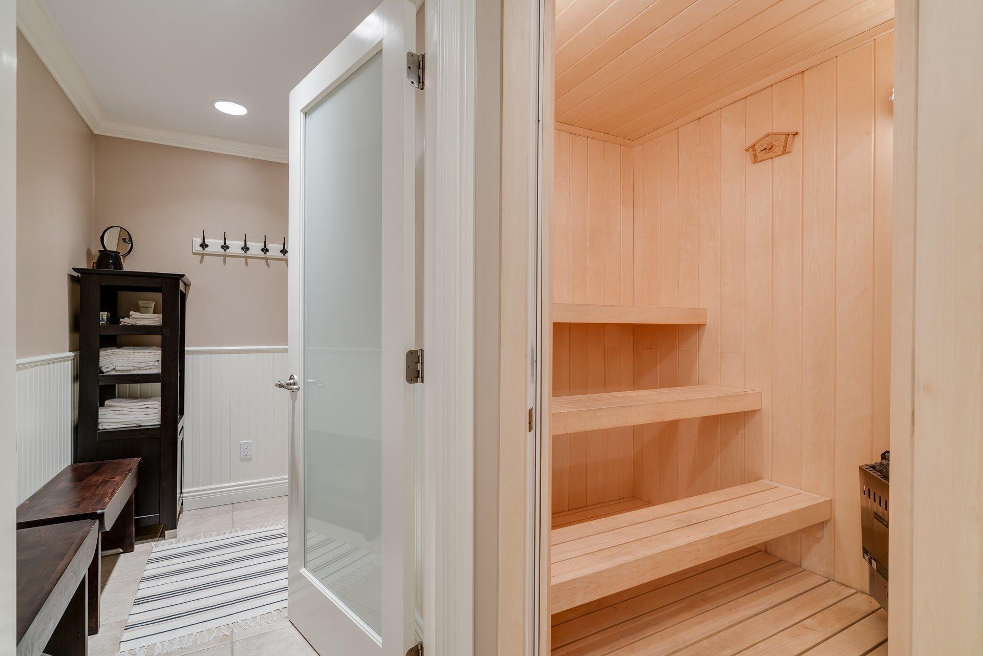 Sauna Room at 13342 25 Avenue, Elgin Chantrell, South Surrey White Rock