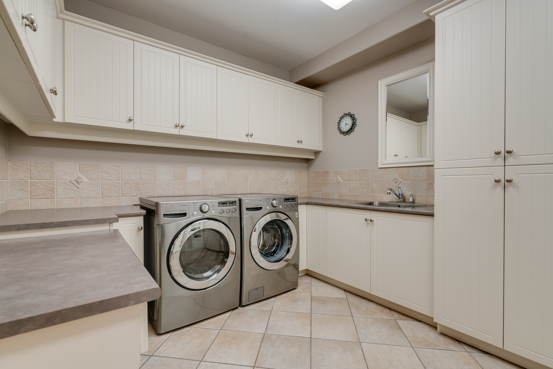Laundry Room at 13342 25 Avenue, Elgin Chantrell, South Surrey White Rock