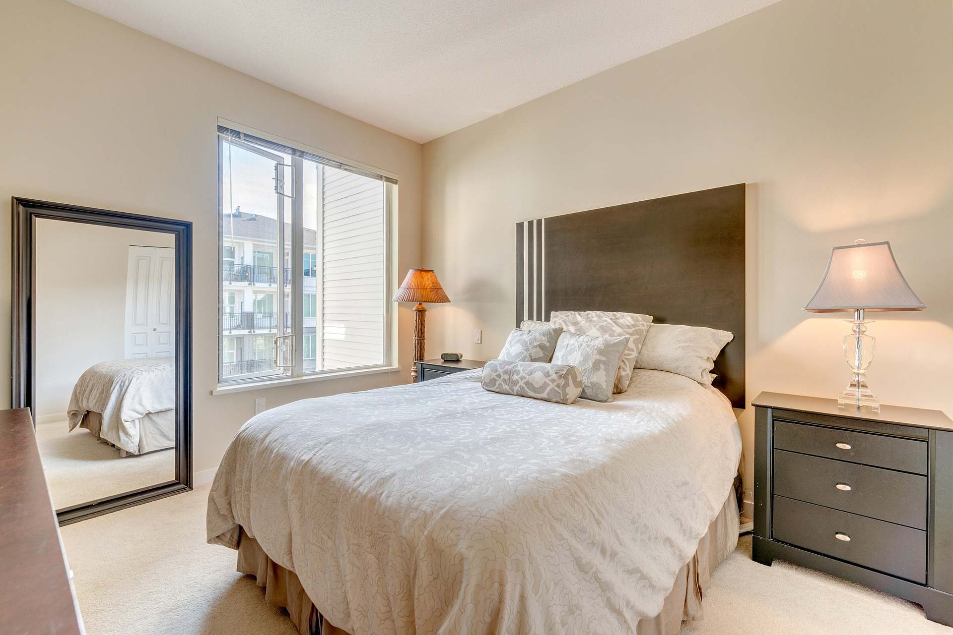 39475_15 at 337 - 9388 Mckim Way, West Cambie, Richmond