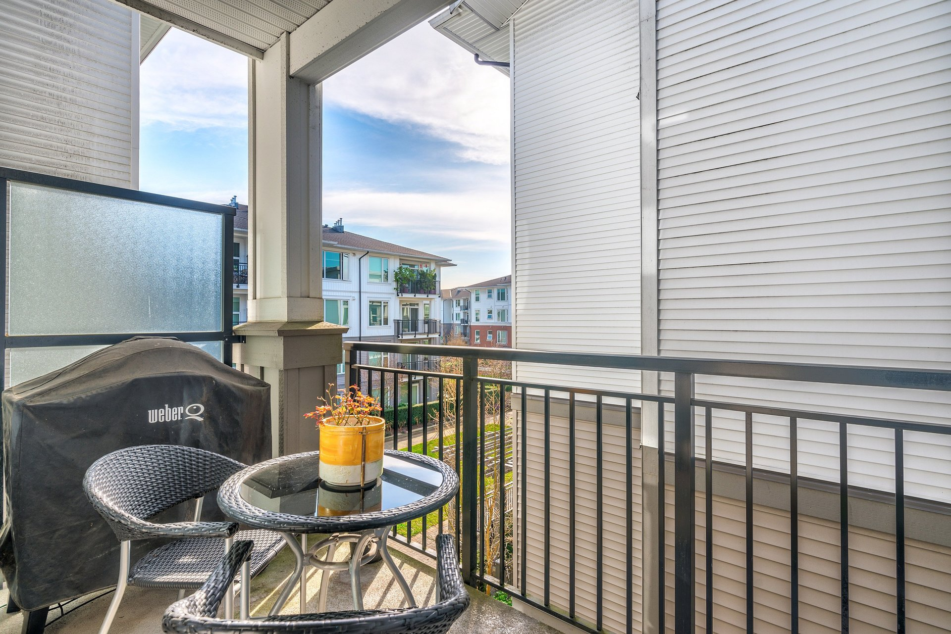 39475_19 at 337 - 9388 Mckim Way, West Cambie, Richmond