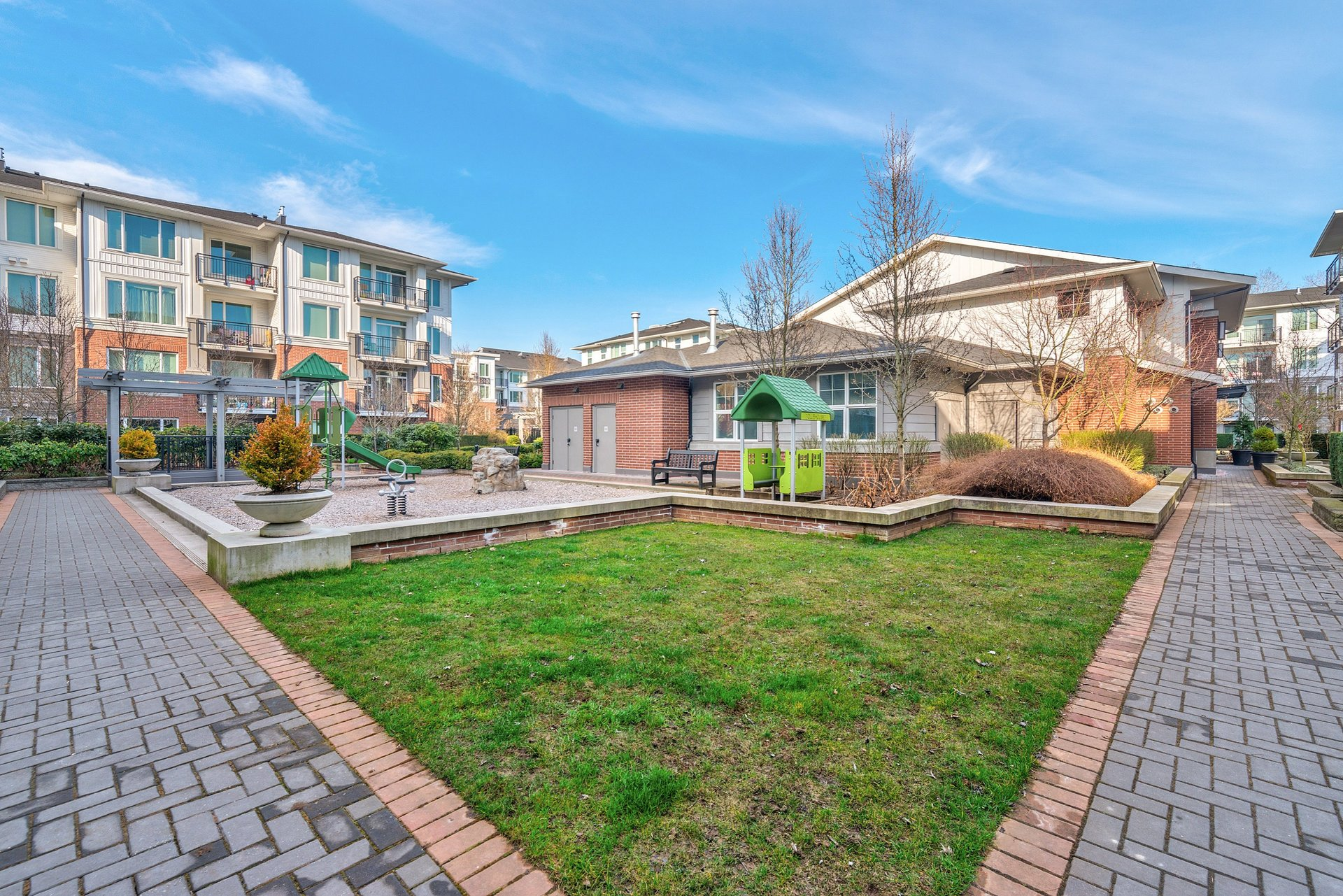 39475_25 at 337 - 9388 Mckim Way, West Cambie, Richmond