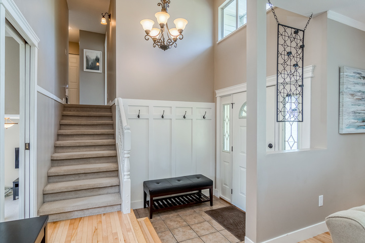 Foyer at 2421 127 Street, Crescent Bch Ocean Pk., South Surrey White Rock