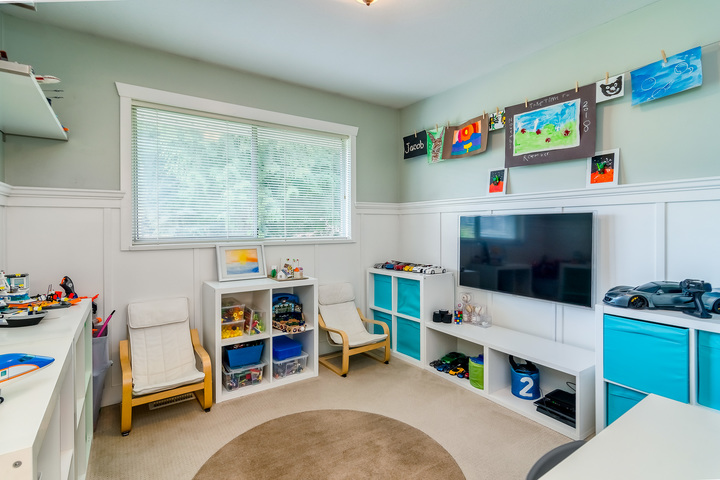 Play Room at 2421 127 Street, Crescent Bch Ocean Pk., South Surrey White Rock