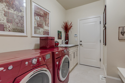 19-laundry at 2550 163a Street, Grandview Surrey, South Surrey White Rock