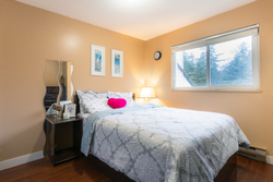 14-upper-level-bedroom at 35 - 7533 140 Street, East Newton, Surrey