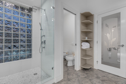 14-master-ensuite-with-shower at 3233 144 Street, Elgin Chantrell, South Surrey White Rock