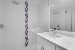 19-upper-level-washroom at 3233 144 Street, Elgin Chantrell, South Surrey White Rock