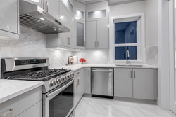 8-wok-and-spice-kitchen-conveniently-located-in-home at 2235 153a Street, King George Corridor, South Surrey White Rock