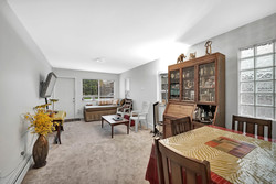 16-living-area-and-dining-in-suite at 848 Keil Street, Sunnyside Park Surrey, South Surrey White Rock