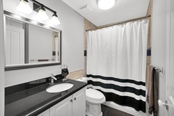8-full-bathroom at 848 Keil Street, Sunnyside Park Surrey, South Surrey White Rock