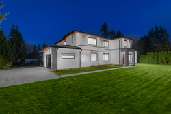 20-exterior-front-entrance-with-private-yard at 1932 139a Street, Sunnyside Park Surrey, South Surrey White Rock