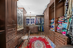 16-master-bedroom-walk-in-closet at 5615 121a Street, Panorama Ridge, Surrey