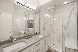 14-master-ensuite at 15561 20 Avenue, King George Corridor, South Surrey White Rock