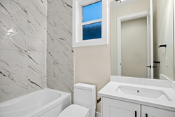 18-full-bathroom-on-main-as-ensuite-to-office-or-bedroom at 14486 17 Avenue, Sunnyside Park Surrey, South Surrey White Rock