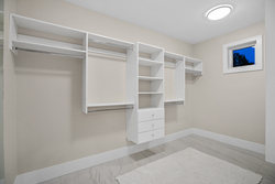 25-master-closet at 14486 17 Avenue, Sunnyside Park Surrey, South Surrey White Rock