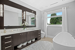 19-master-ensuite-double-sink at 13698 Blackburn Avenue, White Rock, South Surrey White Rock