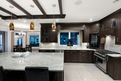 11-kitchen-island at 13320 57 Avenue, Panorama Ridge, Surrey