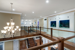 16-upper-landing-with-fish-tank at 13320 57 Avenue, Panorama Ridge, Surrey
