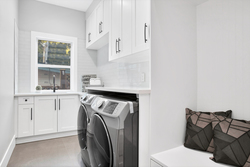 31-laundry at 15804 Tulip Drive, King George Corridor, South Surrey White Rock