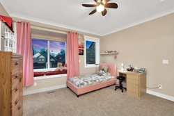 24-bedroom-children at 7718 154a Street, Fleetwood Tynehead, Surrey
