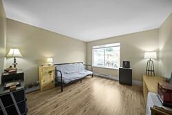 11-master-bedroom at 15 - 2678 King George Boulevard, King George Corridor, South Surrey White Rock
