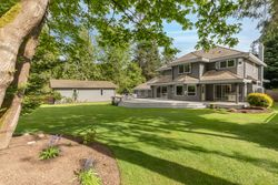 30-landscaped-grounds at 13877 32 Avenue, Elgin Chantrell, South Surrey White Rock