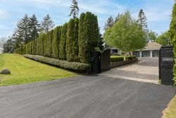 4-privacy-gate at 13877 32 Avenue, Elgin Chantrell, South Surrey White Rock
