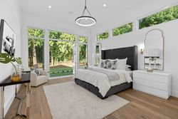 13-master-on-main at 14358 Greencrest Drive, Elgin Chantrell, South Surrey White Rock